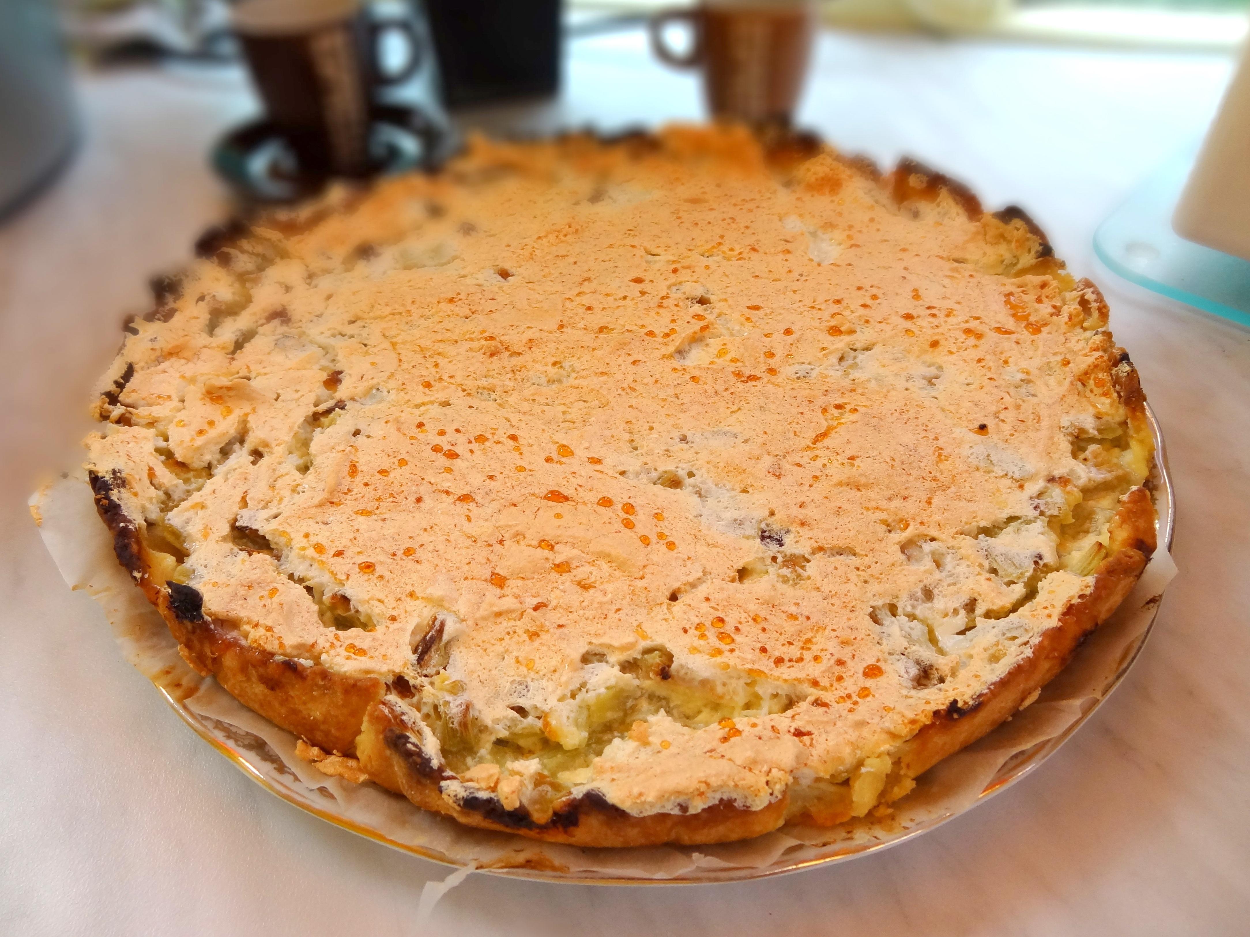 Tarte la rhubarbe meringu e recette facile - Cuisson meringue four chaleur tournante ...