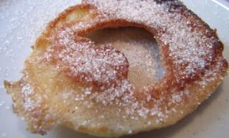 beignets aux pommes à l'alsacienne (Apfelkiechle)