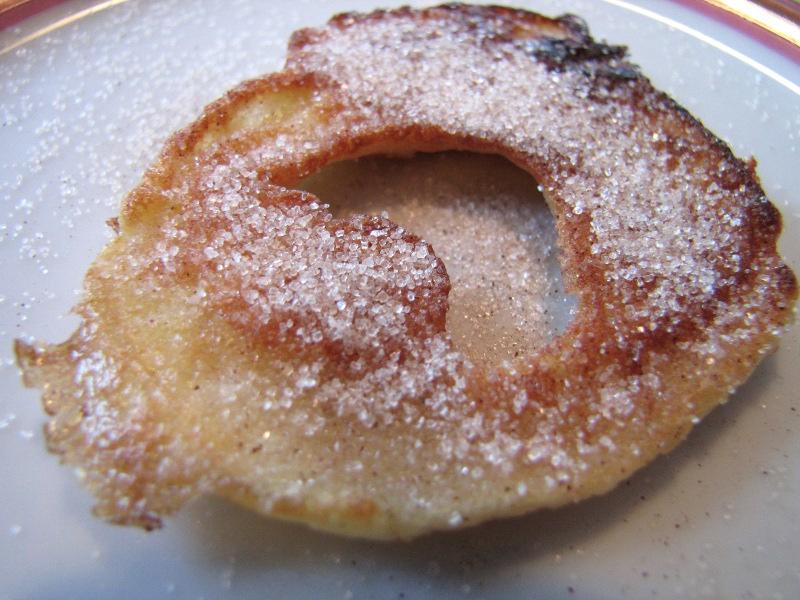 Beignets aux pommes apfelkiechle la recette - La ferme aux beignets ...