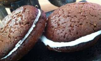 Whoopies cacao, cardamome et amandes amères
