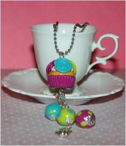 Le sautoir Rainbow Cupcake, valeur 20 €