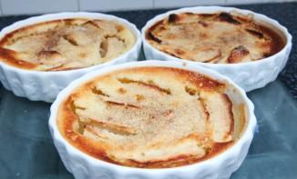 Clafoutis aux pommes et cannelle
