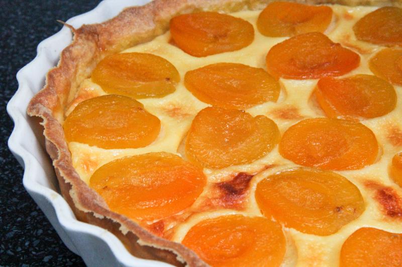 Tarte aux abricots recettes de desserts plus de 1000 recettes sur - Recette de tarte aux abricots ...