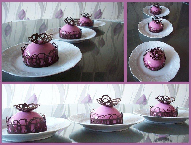 Entremet chocolat blanc et fraises recettes de desserts for Glacage miroir rose
