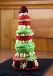 Macarons framboises verveine chocolat façon tour de Babel
