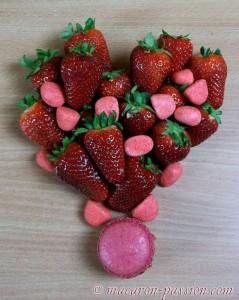 Macarons fraise Tagada et fraise fruit