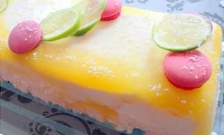 bavarois au citron vert, noix de coco et mangue,