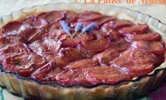 Tarte abricot, miel et lavande