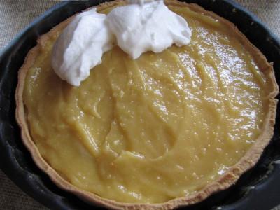 Préparation de la tarte au citron meringuée