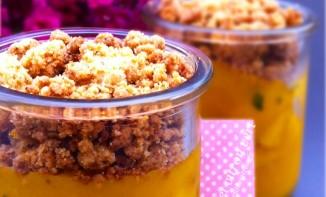 Crumble chaud/froid de mangues en deux façons à la menthe et au zeste de citron vert
