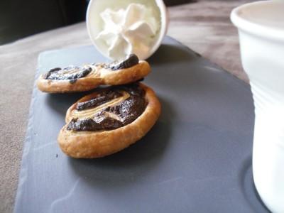 Palmiers chocolat noisettes, café gourmand Revol