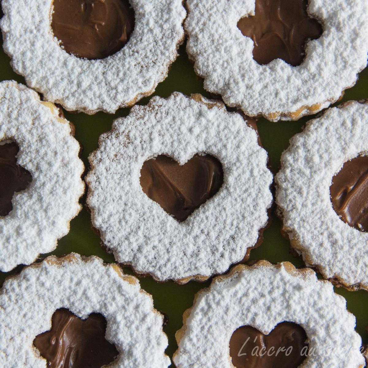 Sabl s fourr s au nutella recettes de desserts plus de 1000 recettes sur - Recette de cookies au nutella ...