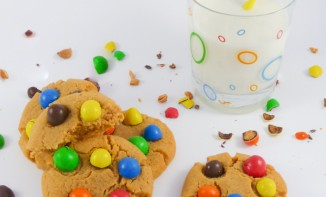 Cookies aux M&M's et au beurre de cacahuètes
