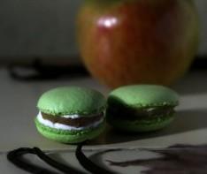 Macarons pomme caramélisée au beurre et vanille