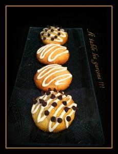 Biscuits pâte d'amande et chocolat