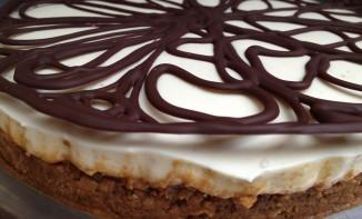 CheeseCake Sans Cuisson au Café et Habit de Chocolat