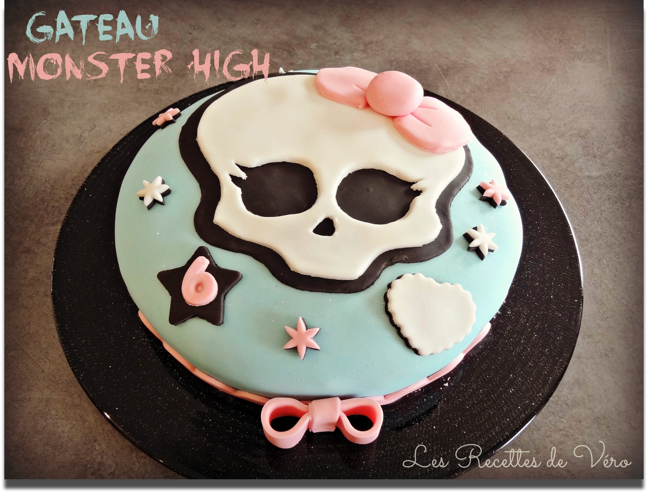 Super Gâteau Monster High, recette de gâteau - CakesandSweets.fr FT15
