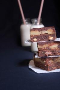 Brownie chocolat cookie dough et caramel