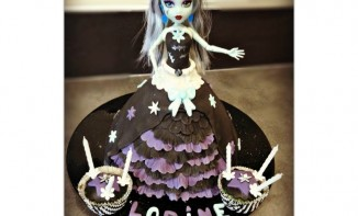 Gâteau Poupée Monster High