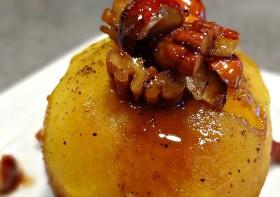 Pomme au four et aux fruits secs caramélisés