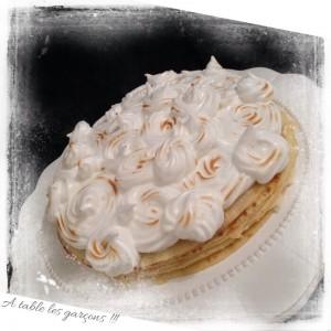 Gâteau de crêpes au lemon curd et chocolat