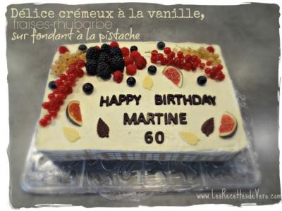 Délice crémeux vanille, fraises, rhubarbe, pistache