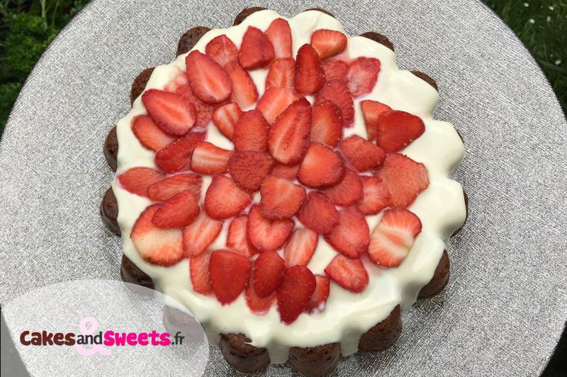 Gâteau Fraises et Chocolat Blanc
