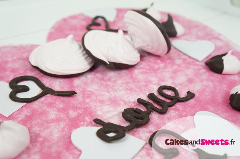 Meringues Roses au Chocolat